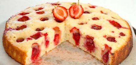 Пирог с клубникой свежей