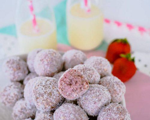 Соблазнительные десерты из замороженных ягод клубники